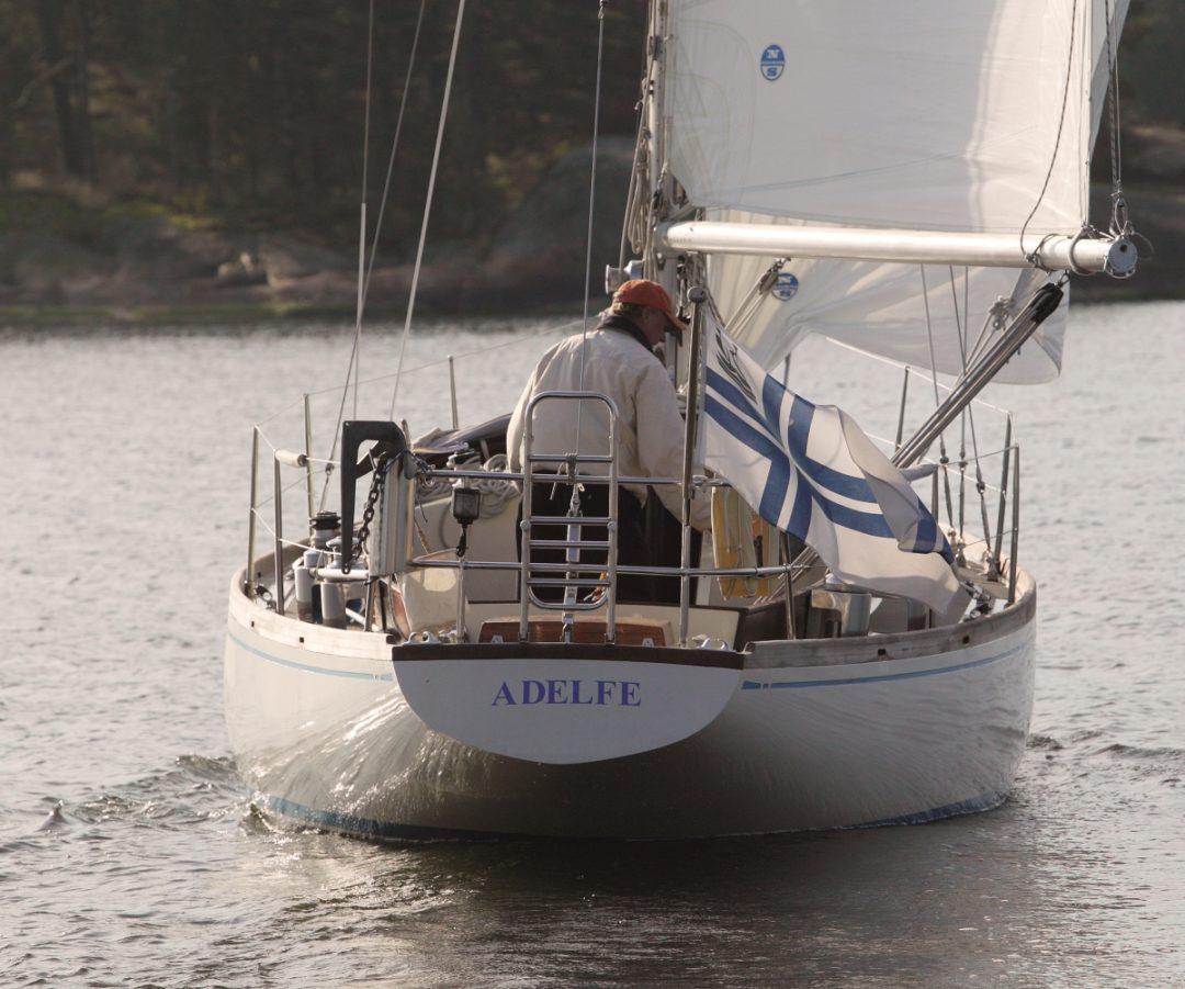 Adelfe, Swan 36