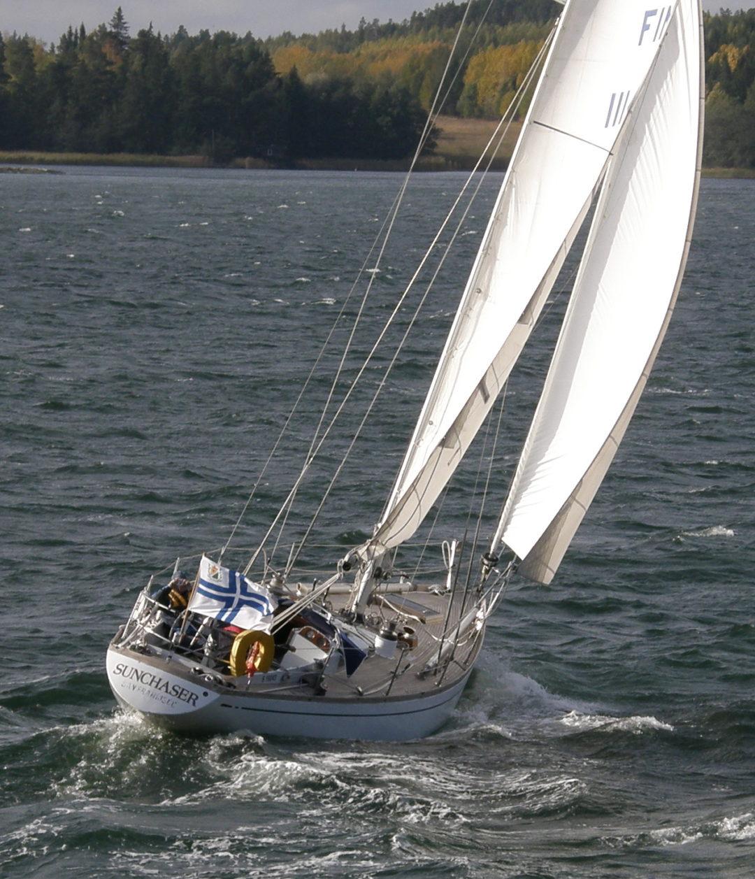 Sunchaser, Swan 43